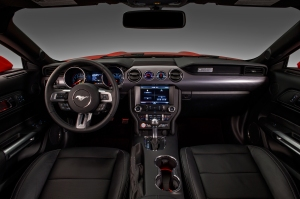 http---image.motortrend.com-f-roadtests-coupes-1312_2015_ford_mustang_first_look-57879605-2015-ford-mustang-dash