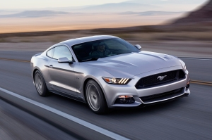 Zooming In_ 2015 Mustang_front_three_quarter