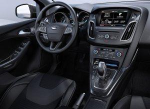 Ford-Focus_2015_Autobox