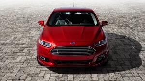 Ford-Fusion-Titanium-2013-1366x768-009