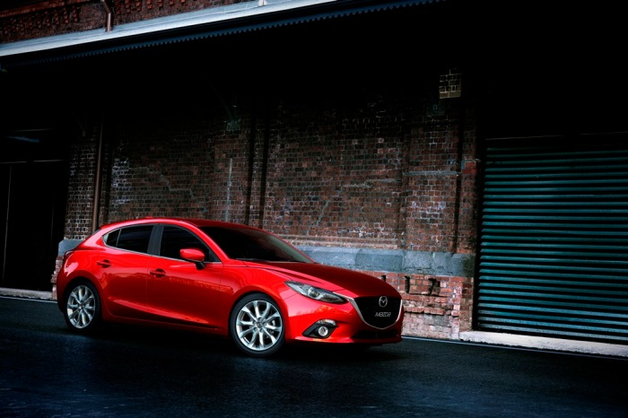 Mazda3_Hatchback_2013_still_03_sx