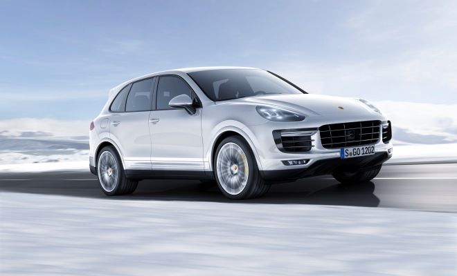 Front Three Quarter - Cayenne Turbo S