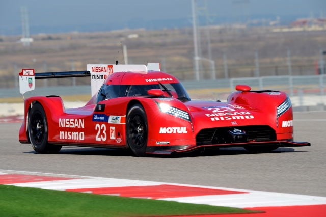 Nissan GT-R LM Nismo (2)_Low (1)