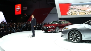 "Nissan CEO Carlos Ghosn unveils redesigned Maxima ""4 Door Spor"