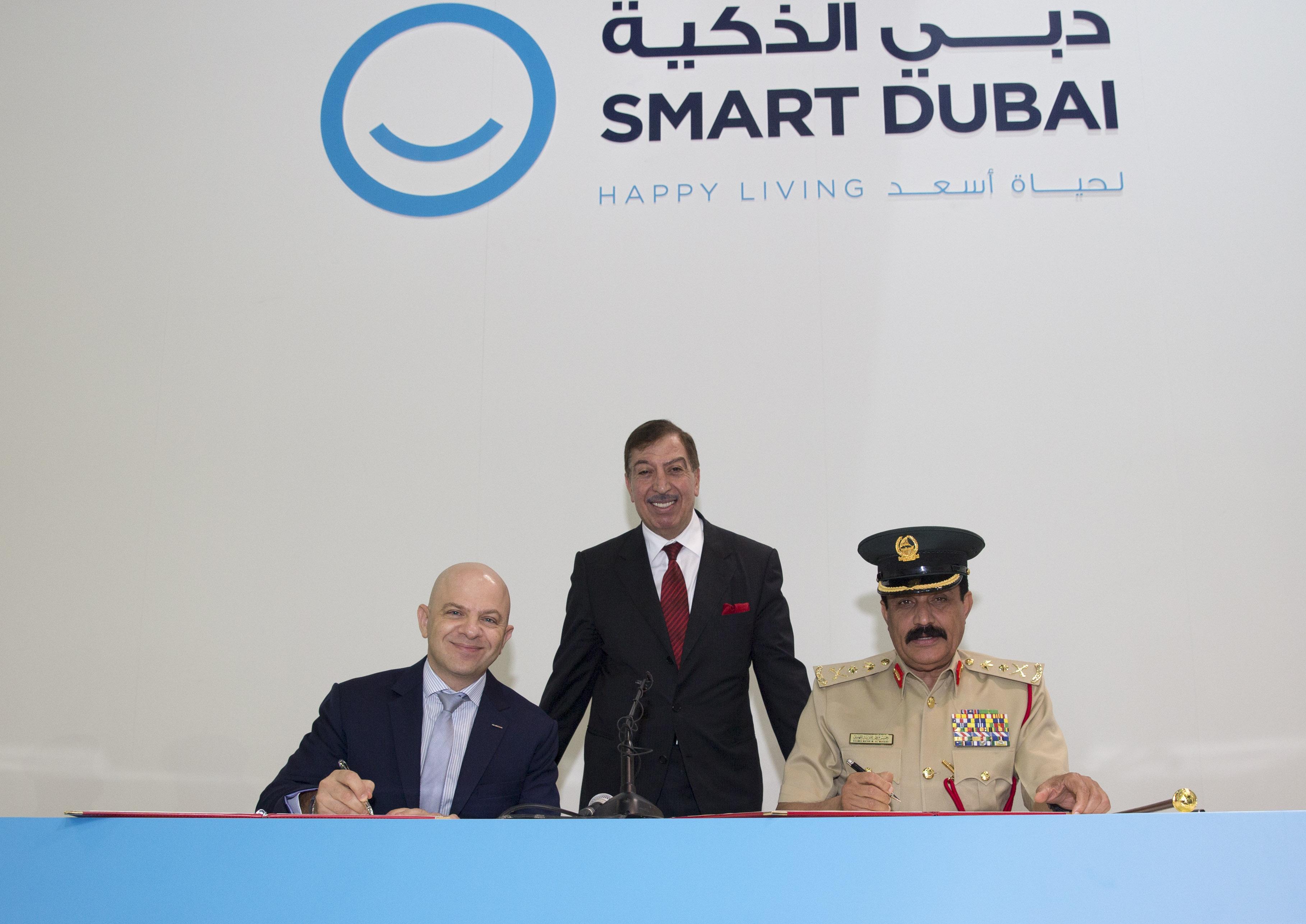 Nissan Dubai Police Collaboration Agreement 2 (1).jpg