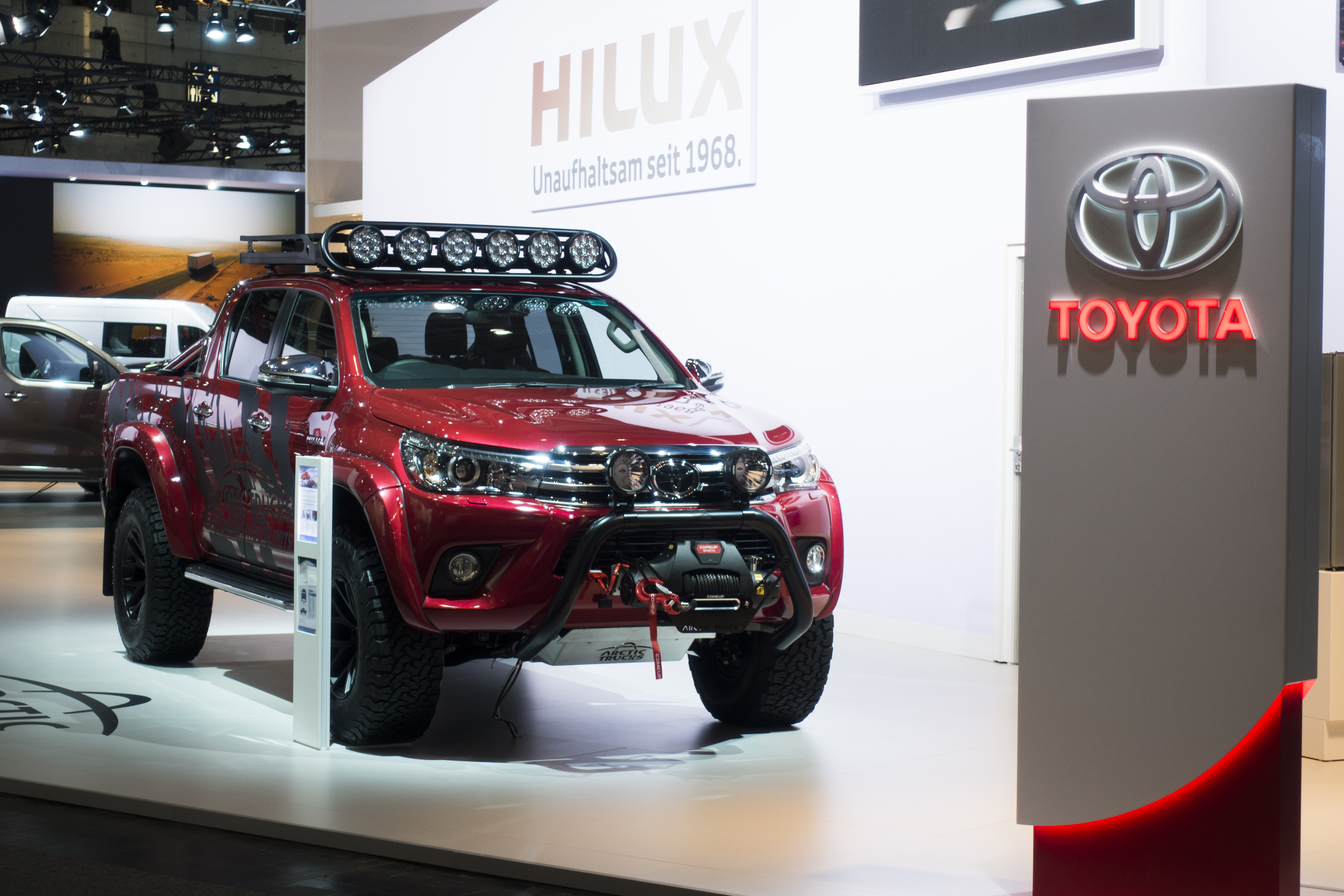 Toyota Hilux Arctic Trucks AT35 Hannover Show.jpg