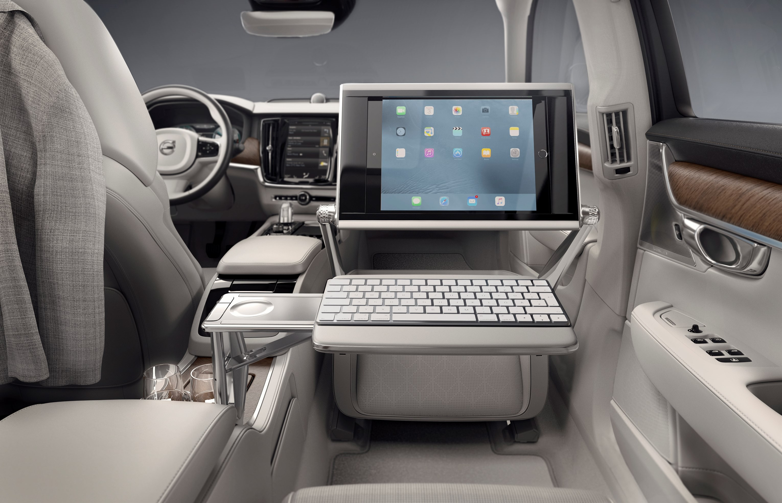 Volvo S90 Excellence_interior keyboard.jpg