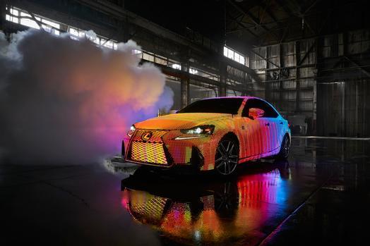 Lexus_LIT_IS_01_E26D782121E3C0D3CB308269CA29CA35D10C97C6_low.jpg