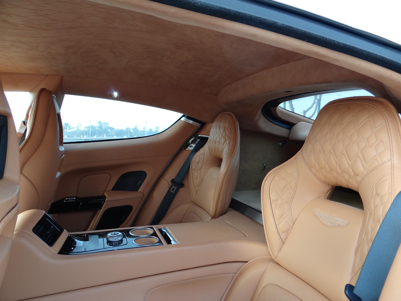 Aston Martin Rapide S_Rear_Intetrior_sx.JPG