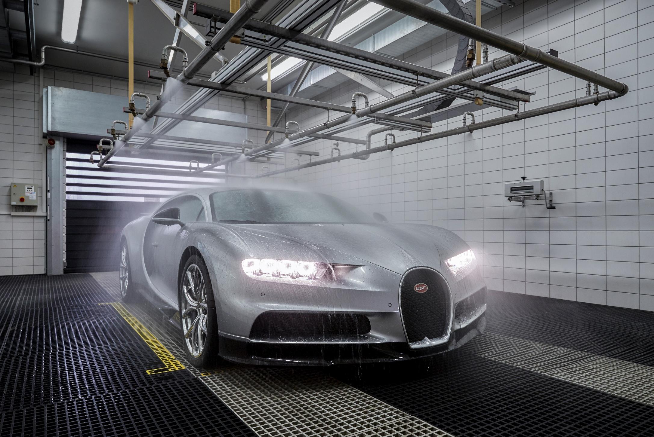 14_Molsheim_Bugatti_Atelier_sx.jpg