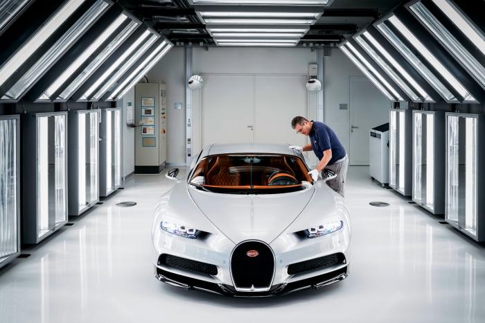 20_Molsheim_Bugatti_Atelier_sx.jpg