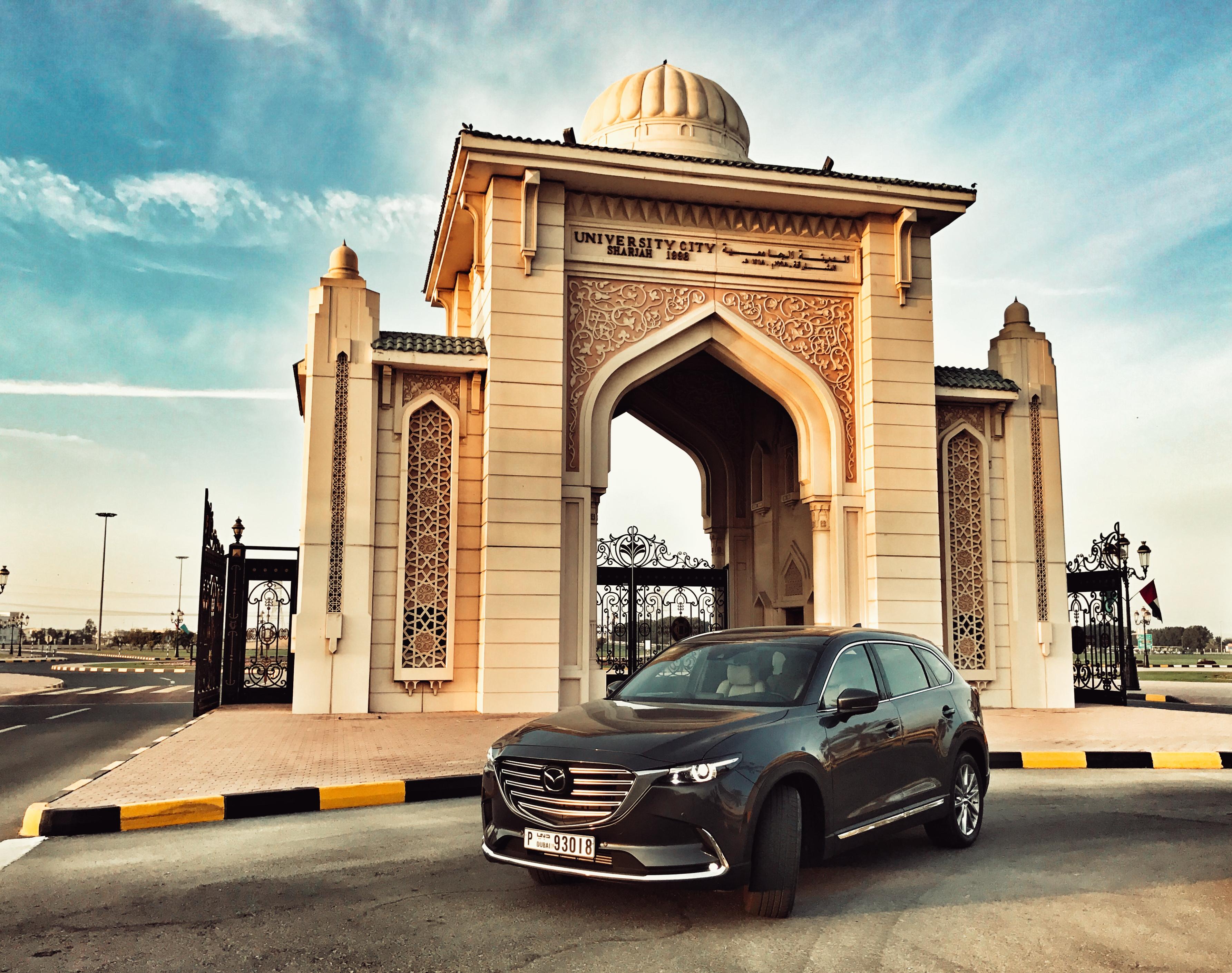 Mazda CX-9 Sharjah University City.jpg